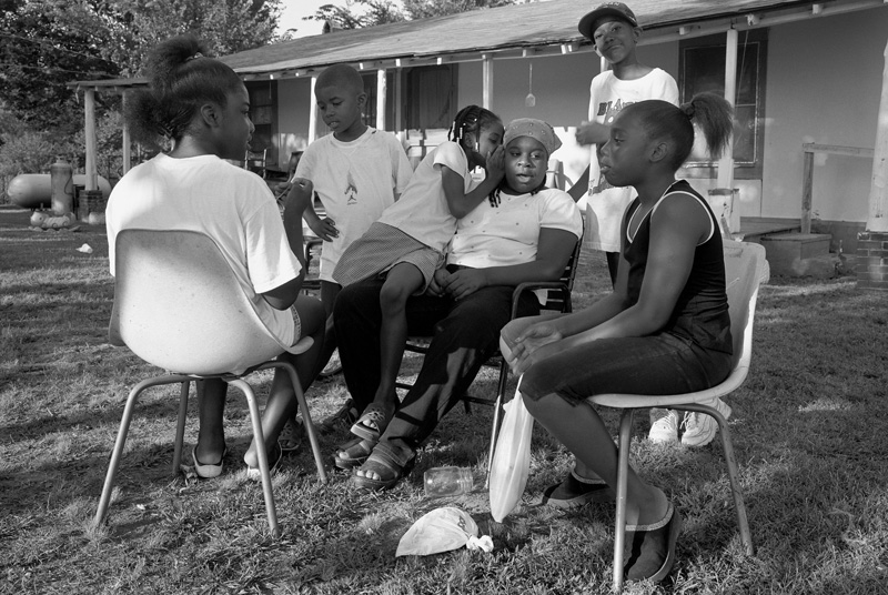 Family Reunion, Lafayette County, Mississippi, 2001